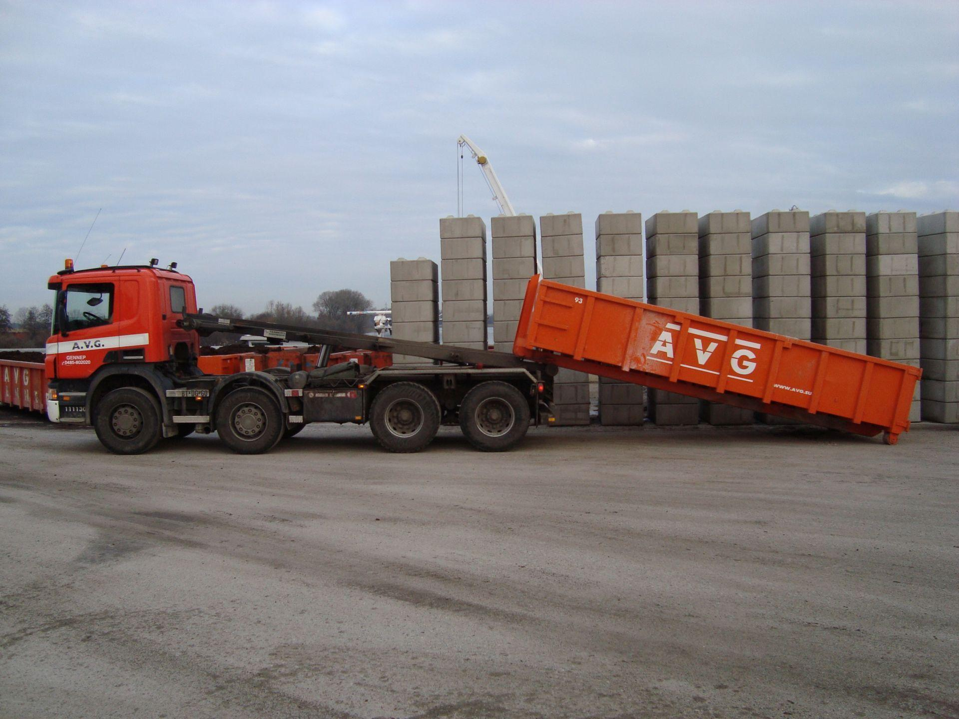 lange-container-8-avg-bouwstoffen