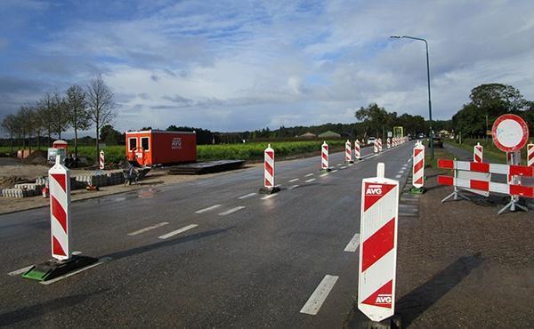 Herinrichting Heerstraat/Hertrakseweg bij Sint Agatha, gemeente Cuijk. Infra werkzaamheden door AVG Infra uit Heijen.