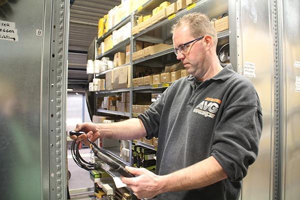 AVG Techniek Heijen BV nieuwe magazijninrichting