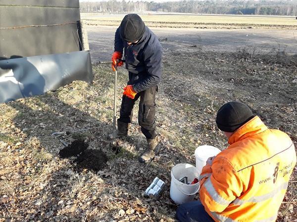 AVG OCE Begeleiding bij bodemonderzoek in CE-verdacht gebied. Explosieven Opsporing in Soesterberg.