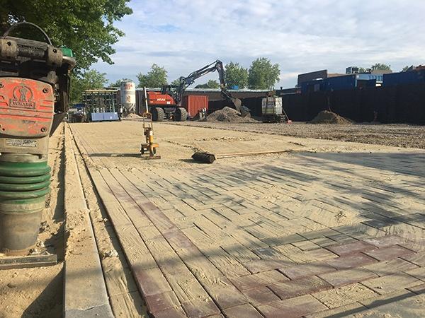 AVG Infra project Lidl Gennep, infra. Grondwerk, bestrating en asfalt.