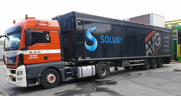 Solvay in Rheinberg plant Großprojekt zusammen mit AVG. Kraftwerk-Kessel soll CO2-Ausstoß um ein Viertel senken. - Solvay in Rheinberg plant groot project samen met AVG. Energiecentrale moet de CO2-uitstoot met een kwart verminderen.