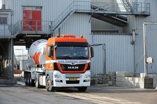 Elektrische betonmixers van AVG Bouwstoffen, AVG Heijmix betoncentrale. 100 procent elektrische betonmixers en hybride betonmixers.