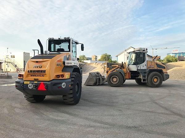 Zwei neue Radlader für AVG Baustoffe Duisburg,
