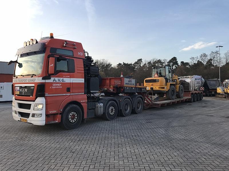 Speciaal transport, exceptioneel transport door AVG Transport. AVG dieplader transport voor uitzonderlijk vervoer in Nederland, Duitsland, België en andere landen.