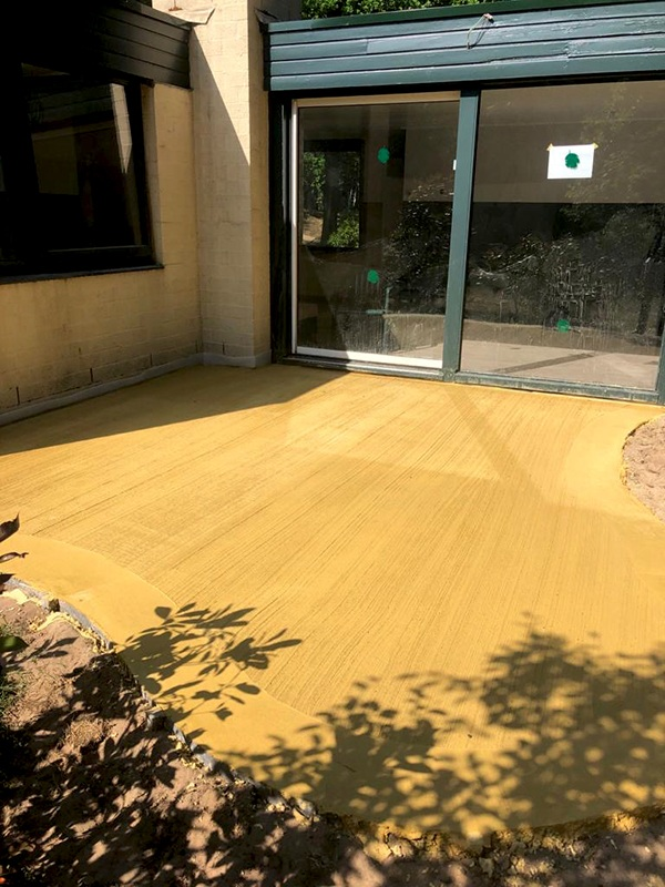 AVG-Heymix-beton-gelbe-betonieren-betonmischer-center-parcs-3