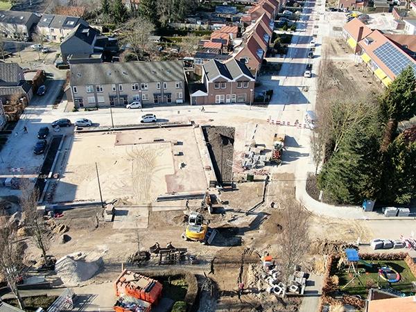 Wegenbouw project van AVG, Herinrichting Schuttersplein en Schoolstraat in Milsbeek, opdracht van Gemeente Gennep. AVG Wegenbouw, Infra, is gespecialiseerd in het grondverzet, riolering, straatwerk etc. voor straten, parkeerterreinen, pleinen e.d.